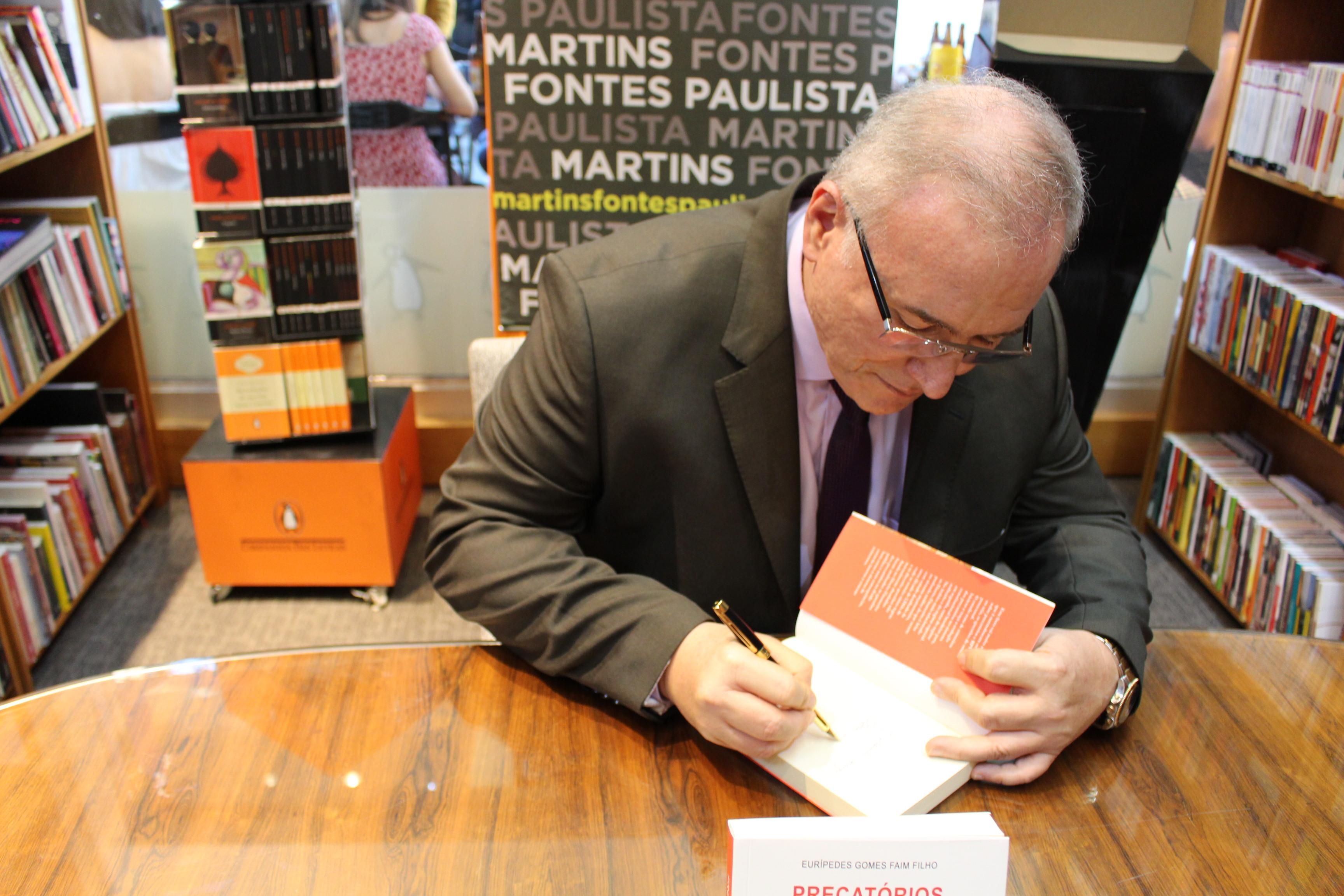 Magistrado lança livro sobre Precatórios e Requisições de Pequeno Valor